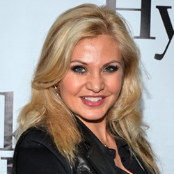 2012 Born For Broadway performer Orfeh.