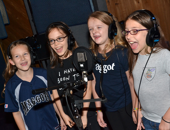Sophia Gennusa, Oona Laurence, Milly Shapiro, and Bailey Ryon sing their hearts out.<br />(© David Gordon)
