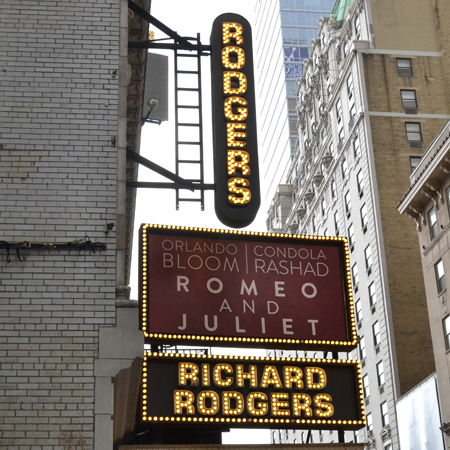 <i>Romeo and Juliet</i> — Richard Rodgers Theatre<br />(© David Gordon)