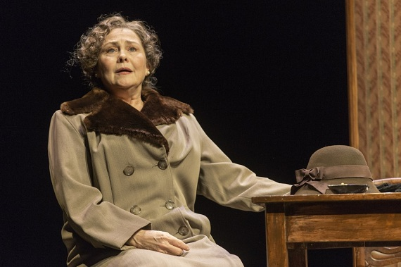 Cherry Jones in <i>The Glass Menagerie</i>.