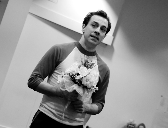 Jack Singer (Rob McClure) prepares to propose.<br />(© David Gordon)