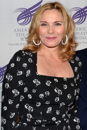 Kim Cattrall is a happy supporter of the American Theatre Wing.<br />(© David Gordon)
