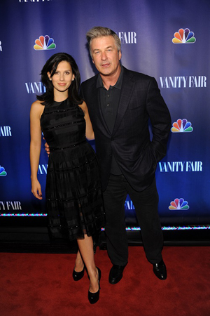 Alec Baldwin enjoys the evening with his wife, Hilaria Thomas Baldwin.<br />(© Jamie McCarthy/WireImage)