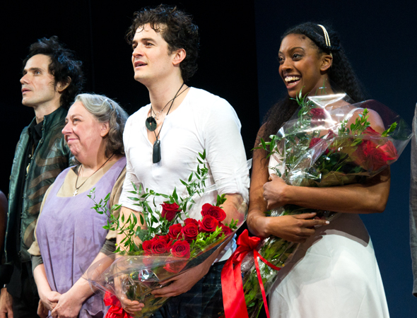 Christian Camargo, Jayne Houdyshell, Orlando Bloom, and Condola Rashad take their bow.<br />(© David Gordon)