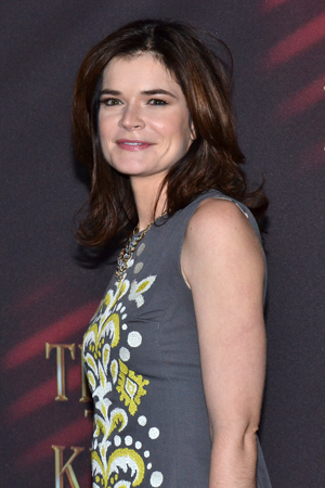 <i>Breaking Bad</i> star Betsy Brandt is ready for a night on Broadway.<br />(© David Gordon)