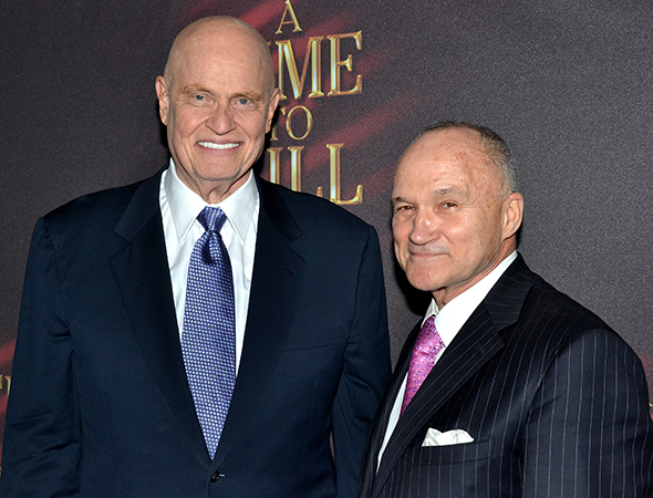 Actor, senator, and presidential candidate Fred Dalton Thompson appears as Judge Omar Noose. Here, he poses with New York City Police Commissioner Ray Kelly.<br />(© David Gordon)